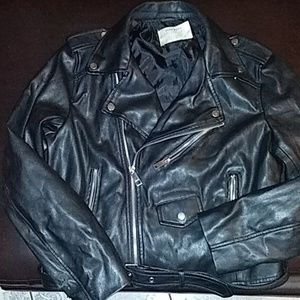 ZARA LEATHER JACKET. SIZE MEDIUM